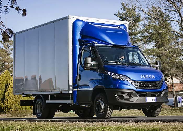 Box-Van Campervan: Iveco Daily